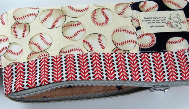 Baseball Pouch 2